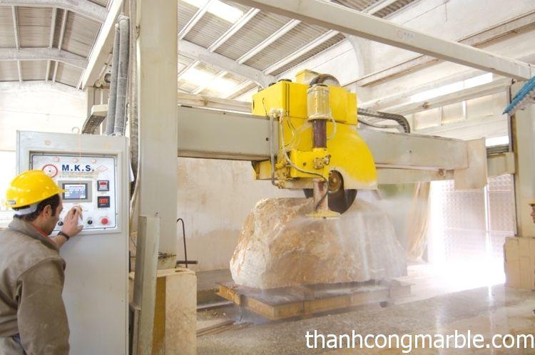 Máy cắt đá CNC 2
