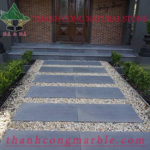 Bluestone Gardening Tile 01